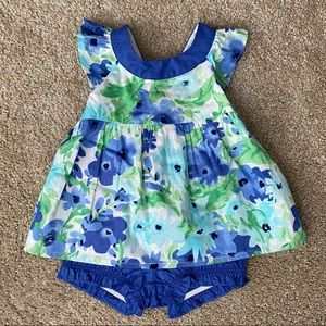 Gymboree 12-18 month Flower Print Outfit NWT